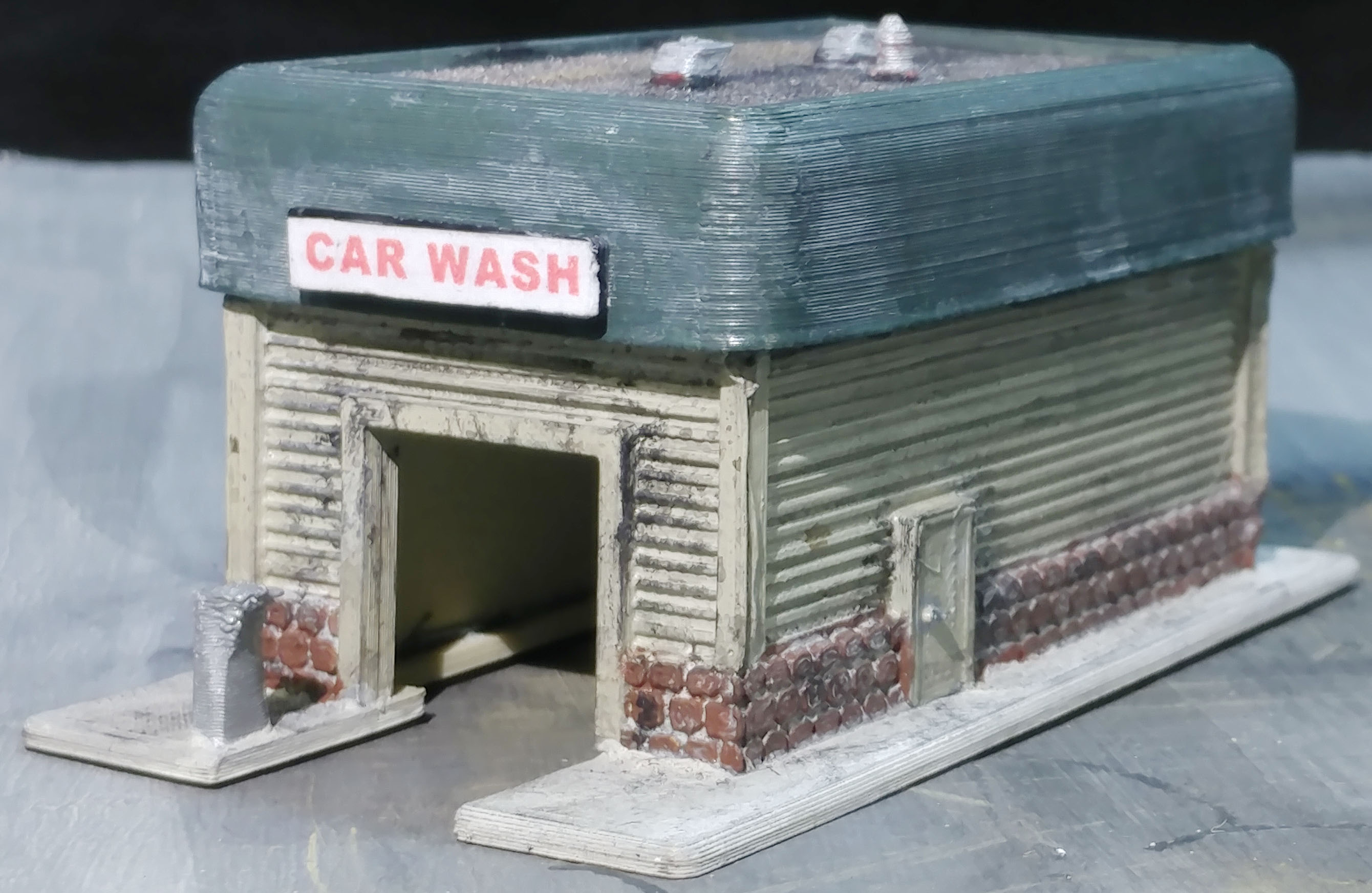 Lyforms Small-Scale car wash w/flat roof